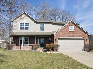 2037 Cross Willow Ln , Indianapolis IN