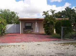691 E 47th St , Hialeah FL