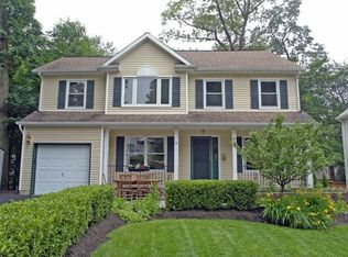 Maria cuccinello real estate agent in livingston nj 07039 for 6 allwood terrace livingston nj