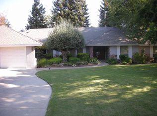 7416 N Spy Glass Ave , Fresno CA
