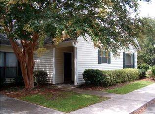 907 E Estates Blvd Apt C, Charleston SC
