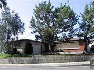 8541 Vine Valley Dr , Sun Valley CA