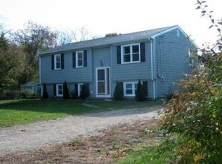 5 Dartmouth Ln , South Kingstown RI