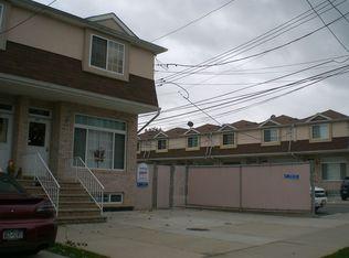 30 Merrill Ave , Staten Island NY