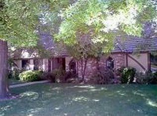 2420 Country Club Ln , Selma CA