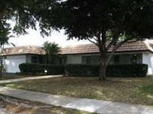 4949 Sarazen Dr , Hollywood FL
