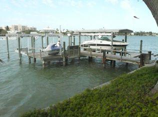 886 Island Way , Clearwater Beach FL