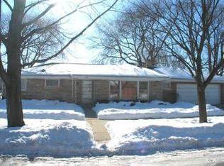 4001 Emerson St , Skokie IL