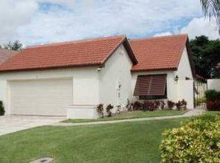 2 Ironwood Way N , Palm Beach Gardens FL