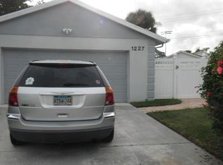 1227 Pine Sage Cir , West Palm Beach FL