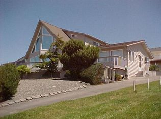 718 Hacienda Dr , Coupeville WA