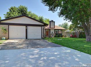 7710 Hunter Oaks St , Live Oak TX