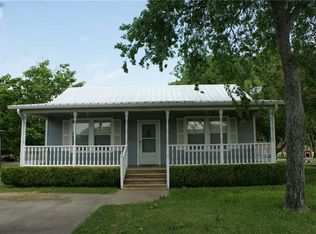 204 W Forgey St , Blooming Grove TX