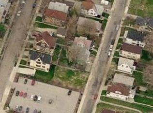 1329 N 37th Pl , Milwaukee WI