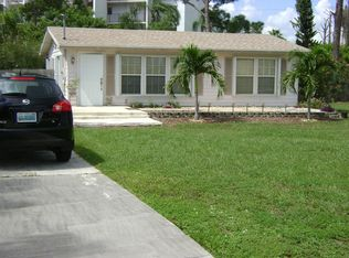 3803 Suncrest Rd , Lake Worth FL
