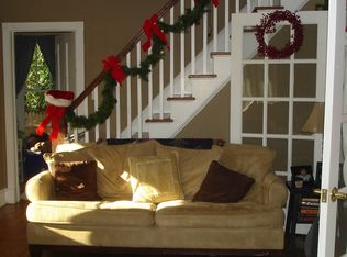6 coles st glen cove ny 11542 zillow - Coles Christmas Decorations