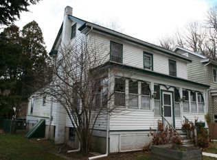 33 8th St , Frenchtown NJ