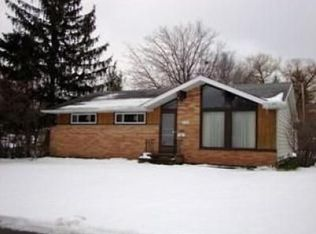 21761 Briarwood Dr , Fairview Park OH