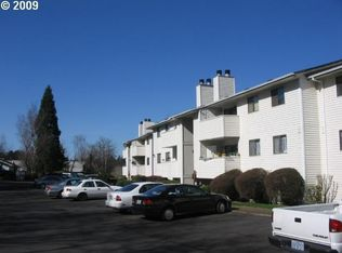 11040 SW Greenburg Rd Apt 312, Tigard OR