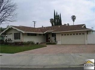 9506 Penfield Ave , Chatsworth CA