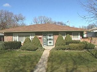 2417 Lyons St , Evanston IL