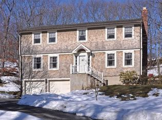 37 Whistler Hill Ln , Huntington NY