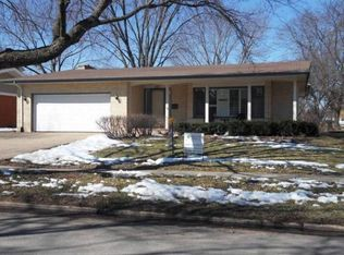 609 Bowling Green Ct , Naperville IL