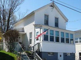 90 Elm St , Hoosick Falls NY