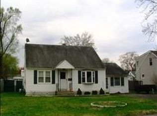 1136 Barber Dr , Schenectady NY