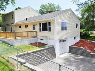 119 High St , North Andover MA