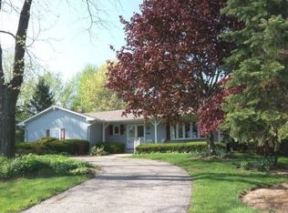 8882 Tanglewood Trl , Chagrin Falls OH