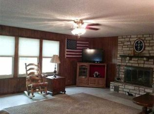 4551 River Oaks Dr , Kingsland TX