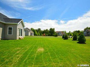 1385 Meadow Breeze Ln , Webster NY
