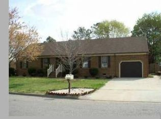 709 Gladesdale Dr , Chesapeake VA