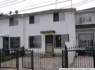 40 Thelma Ct , Staten Island NY