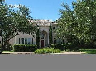 9 Club Estates Pkwy , The Hills TX