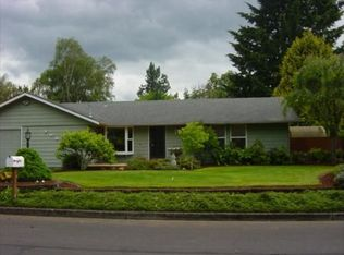 7966 SE Hood St , Milwaukie OR