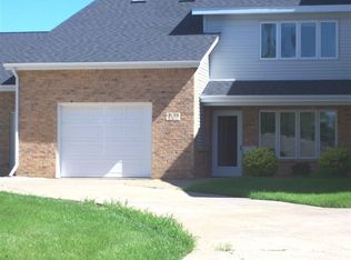 3195 Foothill Ct Unit A, Dubuque IA
