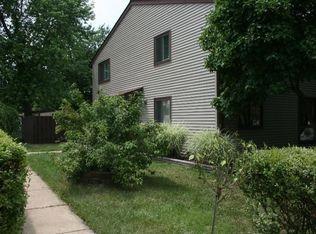 185 N Cottage Rd , Sterling VA