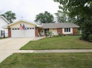 1355 Mayfield Ln , Hoffman Estates IL