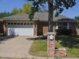 4111 Cypress Springs Dr , Arlington TX