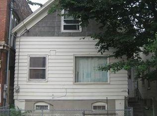 1568 W Walker St , Milwaukee WI