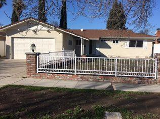 4421 N Maple Ave , Fresno CA