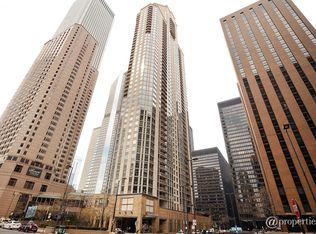 222 N Columbus Dr Apt 701, Chicago IL