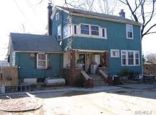 2 Fairview Ave , Islip Terrace NY
