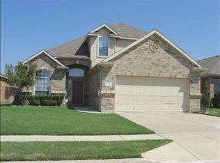 9201 Vineyard Ln , Fort Worth TX