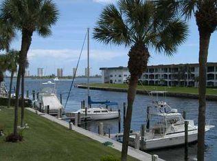 104 Paradise Harbour Blvd Apt 208, North Palm Beach FL