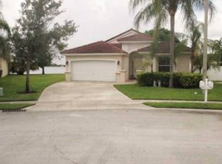 18492 NW 24th St , Pembroke Pines FL