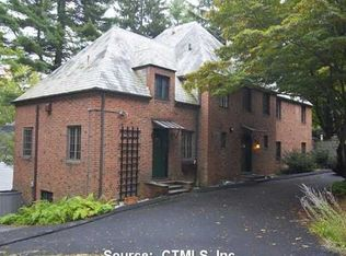 925 Forest Rd , New Haven CT