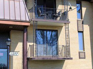 11277 S Roberts Rd Apt H, Palos Hills IL